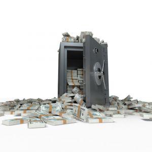 safe-spilling-cash-900x625