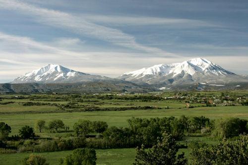 Spanish peaks seen from trinidad colorado