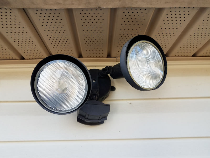 motion sensing flood lights